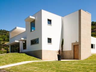 Moderne Häuser von joão rapagão Modern