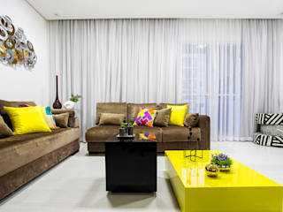 moderne Woonkamer door Amanda Pinheiro Design de interiores