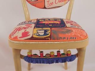Chair Dad's BBQ:   von Motley Chairs