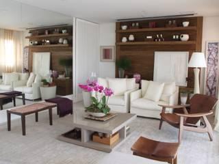 APARTAMENTO SÃO PAULO Salas de estar modernas por Vaiano e Rossetto Arquitetura e Interiores Moderno