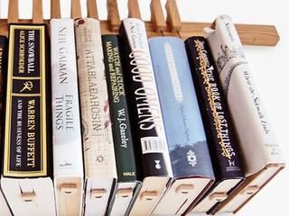 Book Rack, Bücherregal Eiche:   von Anchovisdesign