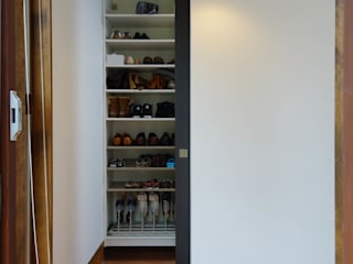 鵠沼松が岡の家: (有)伊藤道代建築設計事務所が手掛けた和室です。