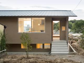 Projekty, skandynawskie Domy zaprojektowane przez 市原忍建築設計事務所 / Shinobu Ichihara Architects