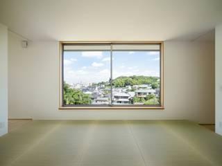 Projekty,  Salon zaprojektowane przez 市原忍建築設計事務所 / Shinobu Ichihara Architects