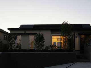 美しが丘西の家: (有)伊藤道代建築設計事務所が手掛けた家です。