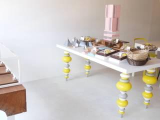 福岡県うきは市 伝統的建造物群保存地区 cake.cafe.miel: 宮城雅子建築設計事務所 miyagi masako architect design office , kodomocafe が手掛けたオフィススペース&店です。,ミニマル