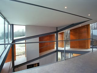 KWK Promes Staircase, Corridor and Hallway