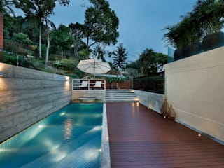 Pool by Millimeter Interior Design Limited