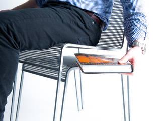 La chaise rien à cacher :  de style  par Hugo Delautre