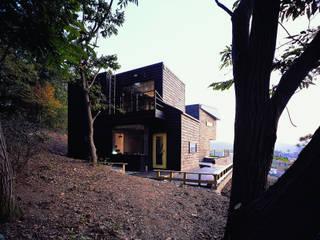 국민대학교 Casas de estilo moderno