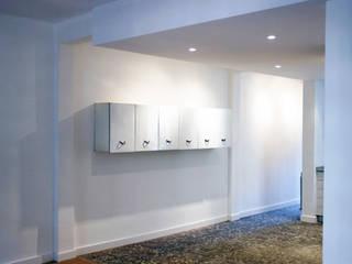 Sala da pranzo moderna di Salas Arquitectura+Diseño Moderno