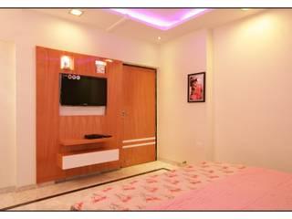 Master bedroom 2:   by sayyam interiors.