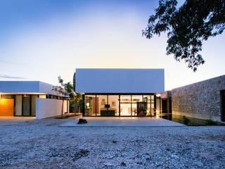 Maisons de style  par Gonzalez Amaro, Moderne