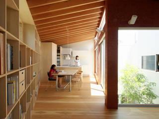 秦野の家: 萩原健治建築研究所が手掛けたダイニングです。
