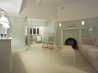 Voysey House Studland Modern living room by john bullock lighting design Modern