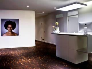 Eingangsbereich:  Praxen von jack be nimble  - lighting | design | innovation