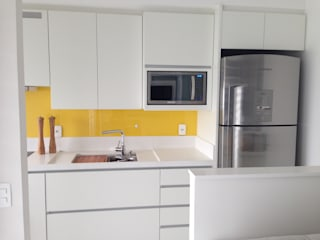 Adriana Fiali e Rose Corsini - FICODesign Modern kitchen MDF Yellow