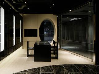 一級建築士事務所アトリエm Office spaces & stores