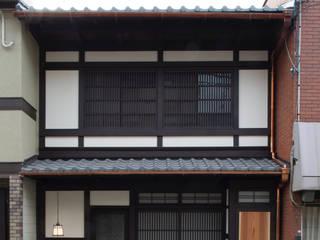 Aziatische huizen van 一級建築士事務所 (有)BOFアーキテクツ Aziatisch