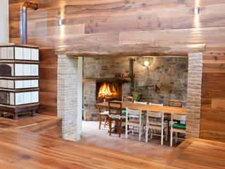 Livings de estilo  por Semplicemente Legno, Rústico Madera Acabado en madera