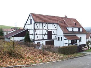 Bestand: moderne Häuser von Architekturbüro Martin Raffelt