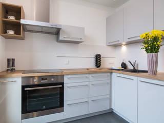 Kitchen by Urządzamy pod klucz, Modern