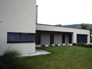Garage/Rimessa in stile  di up2 Architekten