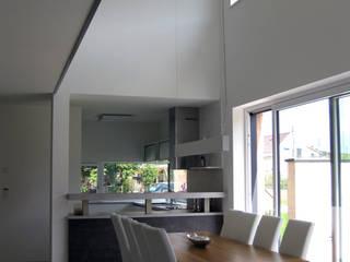 Innenansicht Essbereich Einfamilenhaus S.:  Esszimmer von up2 Architekten