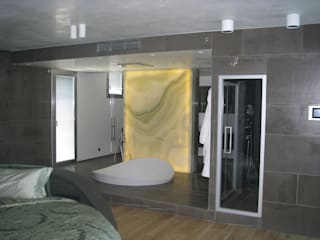 Modern bathroom by Semplicemente Legno Modern