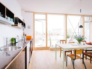 Aufstockung MFH, Köln Moderne Küchen von Jan Tenbücken Architekt Modern