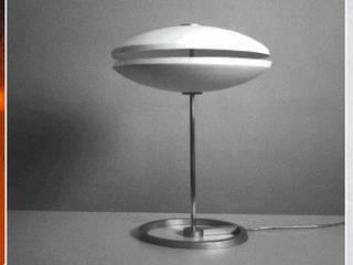 Porzellan und Licht:   von FALTFORMEN