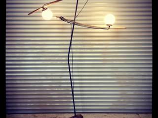 """Luminaire """"La Jongleuse"""" récup-éclaire (Thibaut Richard) MaisonAccessoires & décoration Métal"""