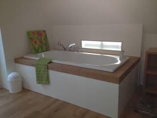 Revitalisierung Haus K. Viersen Badezimmer im Landhausstil von kg5 architekten Landhaus