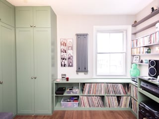 Bespoke Wardrobes & Vinyl Storage:  Bedroom by West London Carpentry & Decoration