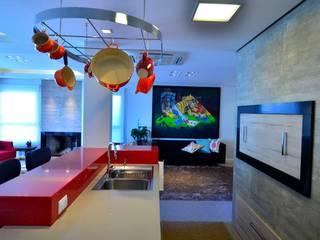 ELITE HOUSE: Cozinhas modernas por ARQ Ana Lore Burliga Miranda