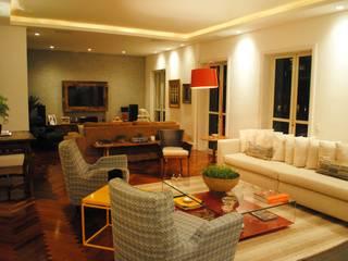 Salas / recibidores de estilo  por GABRIEL HERING , Moderno