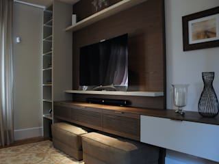 Clô Vieira Design de Interiores Ruang Media Klasik