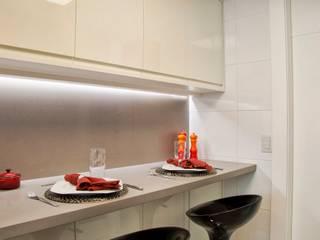 Projekty,  Kuchnia zaprojektowane przez karen feldman arquitetos associados, Nowoczesny
