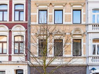 Classic style houses by mw-architektin Classic