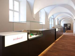 Begleitausstellung, Exponate:  Museen von Konzeptlicht lighting solutios GmbH