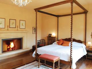 INTERIORES: Dormitorios de estilo moderno por JUNOR ARQUITECTOS