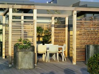 A city roof terrace, Hampstead Bowles & Wyer Balkon, Beranda & Teras Modern