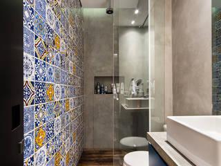 Casa100 Arquitetura의  화장실