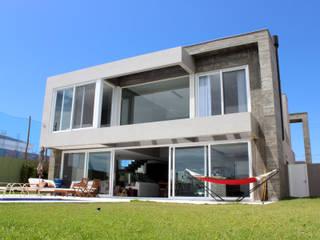 BOSQUES V7 Casas modernas por MARTIN arquitetura + engenharia Moderno