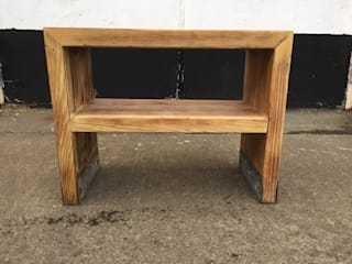 Mini Reclaimed Timber Console:   von Kentholz
