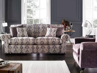 Vale Bridgecraft Kendal: classic Living room by ValeBridgecraft