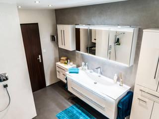 Ванная комната в стиле модерн от IBOD Wand & Boden Модерн