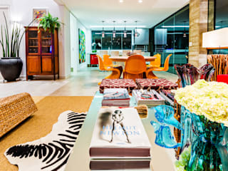 IE Arquitetura + Interiores Modern living room