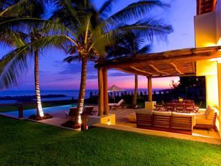 Casa Tortugas Balcones y terrazas tropicales de BR ARQUITECTOS Tropical
