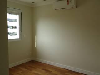 Apartamento tipo Cobertura Granja Julieta Paredes e pisos rústicos por VT Design - Arquitetura e Interiores Rústico